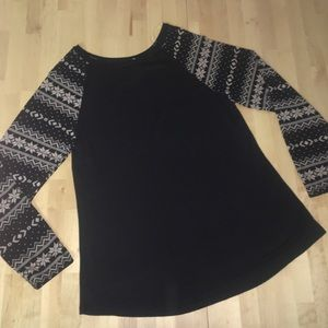 NWOT Super Soft Black Top & Patterned Long Sleeves